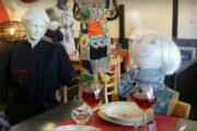 No Customers: Belgian Restaurant serves to Mannequins