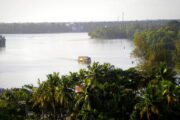 Need to set up a viewing center and lighthouse to enjoy the scenery of Ashtamudi Lake.