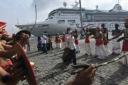 A luxury cruise ship with domestic tourists reached the shores of Kochi